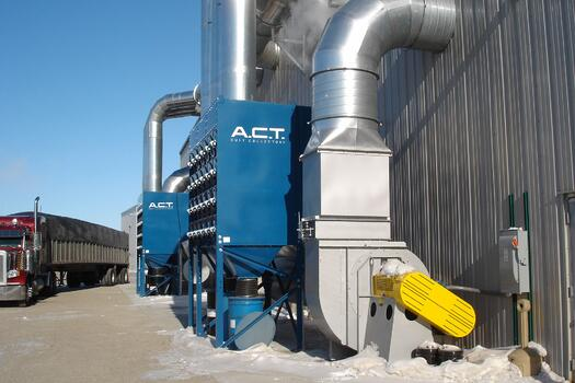 Dust Collector with Solenoid Heater